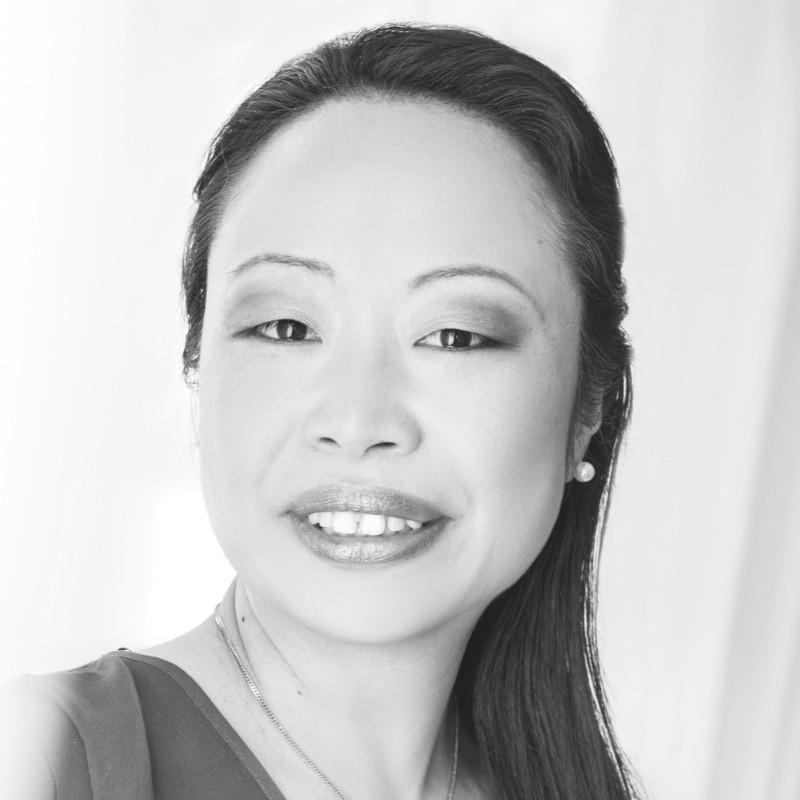 Dr. Sachiko Scheuing